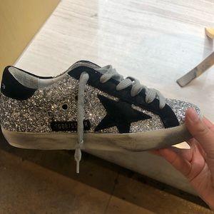 *NWT* golden goose superstar sneakers